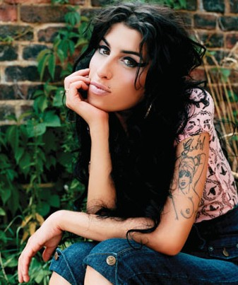 Copy (2) of amy_winehouse2