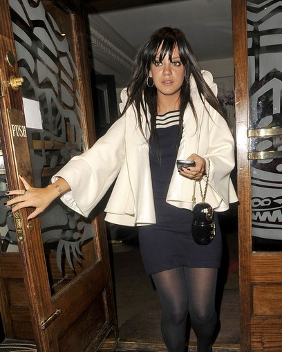 LILLY ALLEN PAPARAZZI LONDON GROUCHO CLUB 4