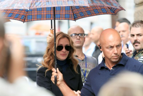 julia-roberts-security-bodyguards london - celebrity - security team london vip bodyguards