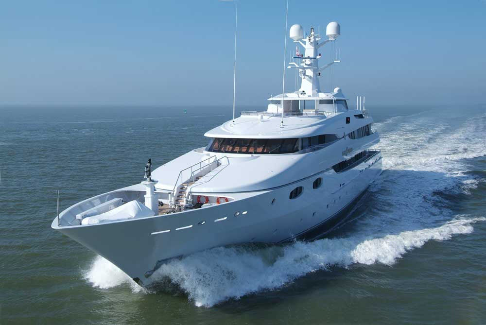 yacht charter service 6